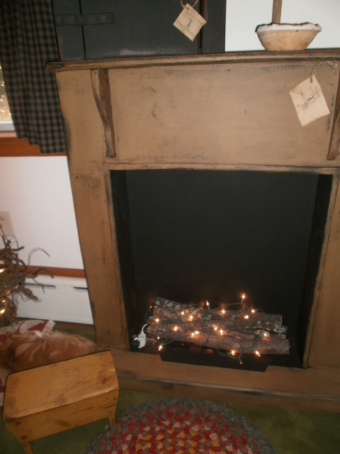 Faux Fireplace w / bottom plat form