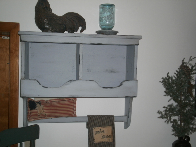 shelf / with towel holder / nesting boxes / wall hangingr